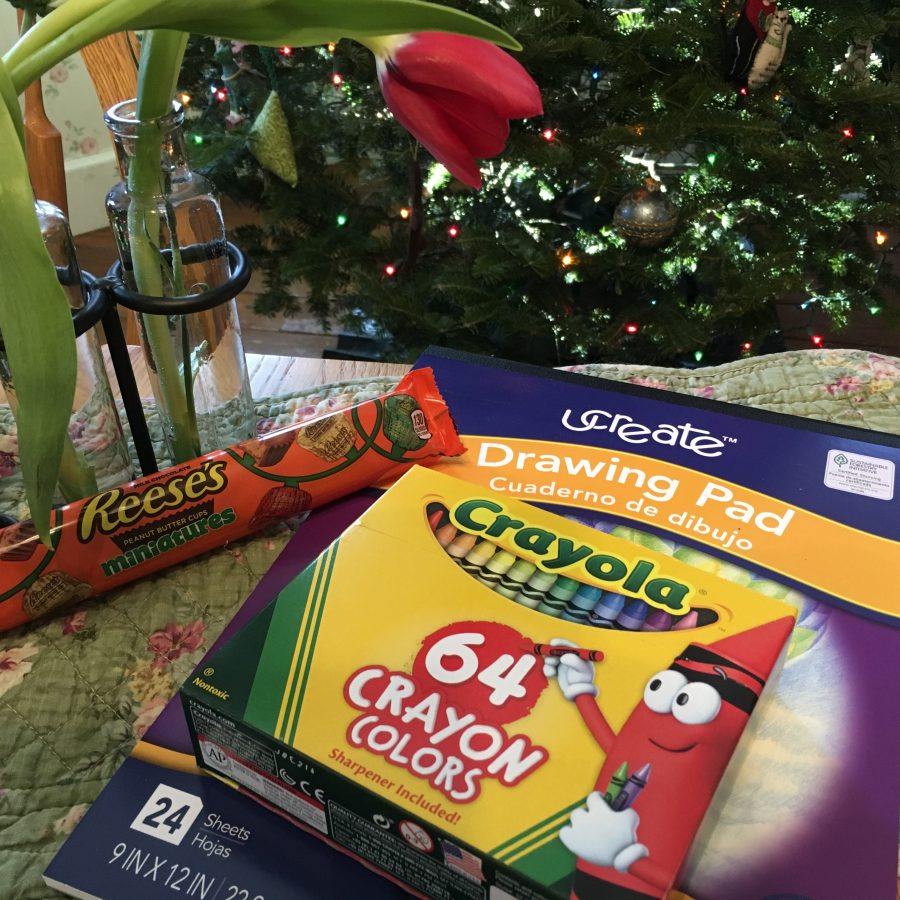 christmas, crayons, reeses, reeses miniatures, pad, tulip